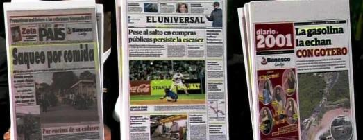 """Un kiosque à Caracas, novembre 2013 : """"pillage pour de la nourriture"""" """"malgré le bond des achats publics, la pénurie continue"""", """"l'essence au compte-goutte""""… Comme au Chili en 1973, la plupart des médias vénézuéliens et internationaux tentent de susciter la panique en inventant des pénuries, en dénonçant le vide de pouvoir, etc.."""