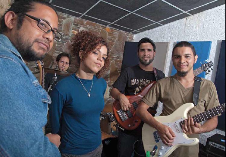 "Groupe de rock ""Los Piraos"", Caracas février 2014."