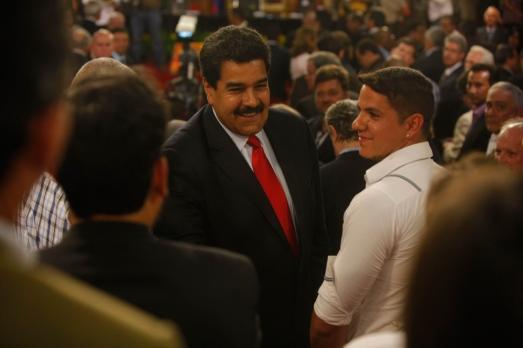 Maduro conferencia de paz jueves 27