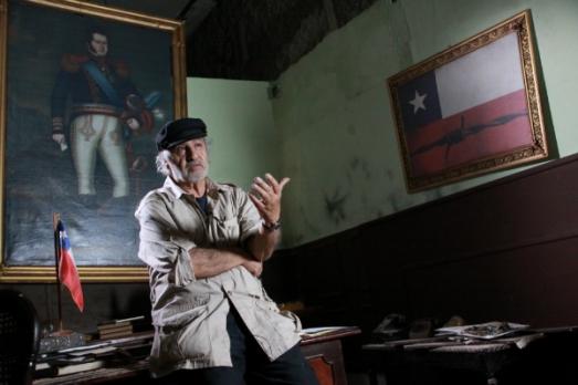 Película-Allende-tu-nombre-me-sabe-a-hierba-I