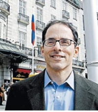 Mark Weisbrot, co-directeur du Centre for Economic and Policy Research in Washington DC (CEPR)