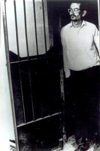 Carlos Fonseca emprisonné en 1969 au Costa Rica. Un appel international fut lancé pour sa libération avec parmi les signataires, un certain jean-Paul Sartre.