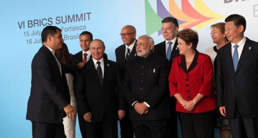 Le président équatorien Rafael Correa avec les dirigeants du BRICS