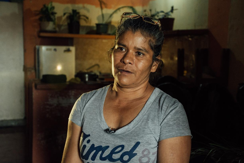 Depuis le début des déménagements, María est passée du 28ème au 7ème étage, et attend son relogement