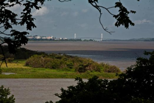 Puente-sobre-el-río (1)