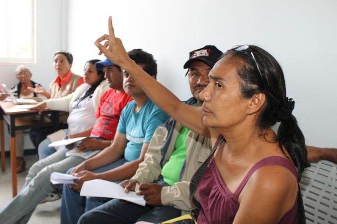 16 septembre. Réunions des groupes de travail du Conseil Présidence/Communes, quelques heures avant la rencontre avec le président Maduro.