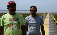 Les communards Augusto Espinoza et Eibis Brito