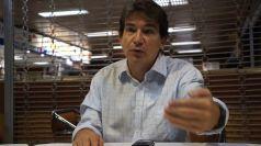 L'auteur : Alejandro Fierro est un journaliste espagnol résidant au Venezuela. Membre de la Fondation d'Études Politiques et Sociales CEPS