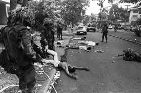 Invasion de Panama en décembre 1989. Bilan : près de 5000 morts.