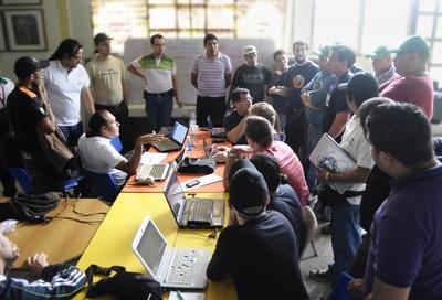 Le nouveau cycle de développement de Canaima GNU-Linux a été défini dans cette rencontre tenue à Barinas, Universidad Nacional Experimental
