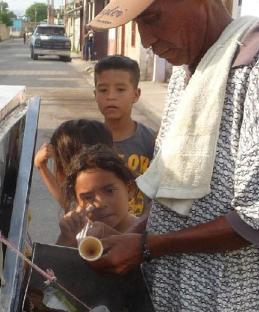 el heladero en la calle