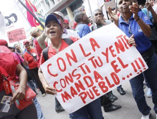 Venezuela: coup de projecteur sur les zones d´ombre médiatiques Dbpjtqwxoaavzaj