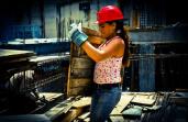 mujer constructora en CCS
