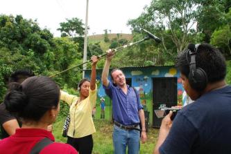 Docente y fundador escuela Thierry Deronne (taller en el Salvador)