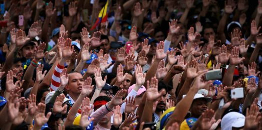 Venezuelan-People-1024x512