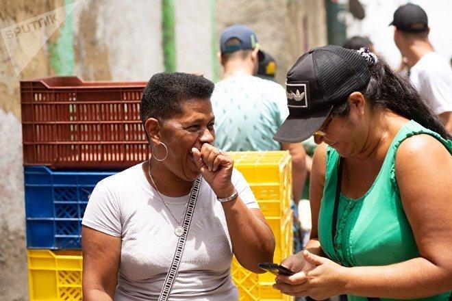 Les classes populaires et moyennes qui n'ont pas accès aux dollars trouvent dans les communes un moyen de satisfaire leurs besoins alimentaires.